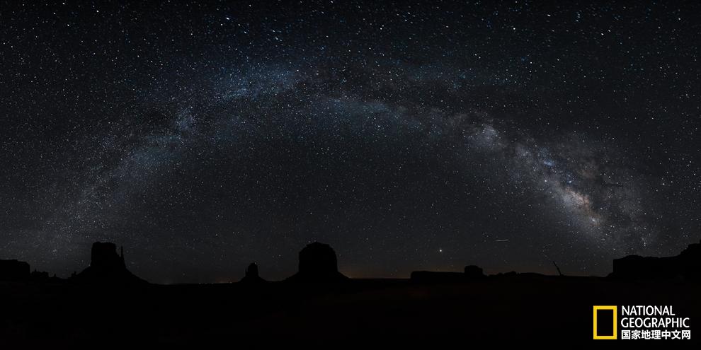 跨越大半个地球,疾驰5400公里,只为抓住昼夜最美瞬息pic