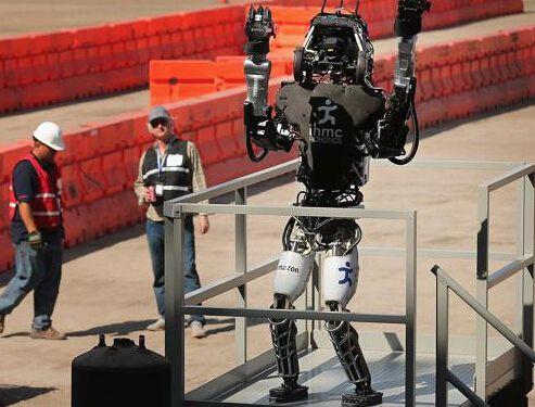华为谷歌亚马逊入局 斥巨资研发家用机器人