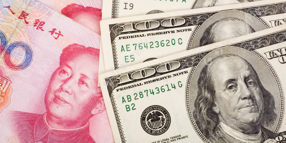 在岸人民币兑美元一度跌破6.90关