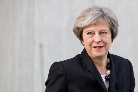 """英首相发表署名文章 称不会进行""""二次脱欧公投"""""""