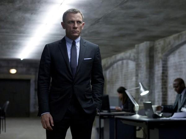 第25部007延后仨月上映 丹尼尔最后一次演邦德