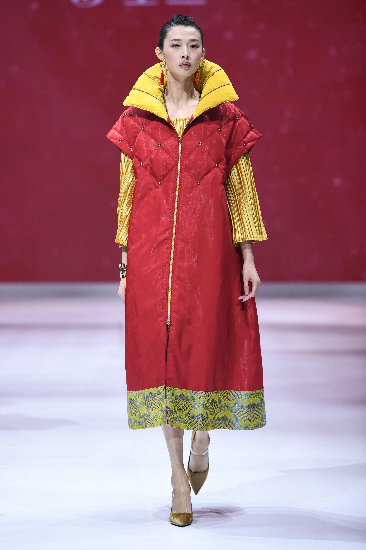2018北京时装周告诉你 中国元素竟然可以如此时髦!