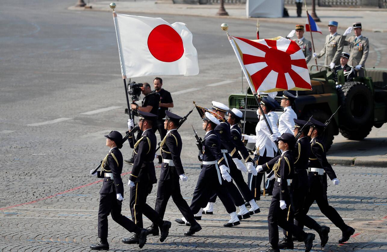 """拒绝韩方要求 日本坚持挂""""旭日旗""""参加韩国阅舰式"""