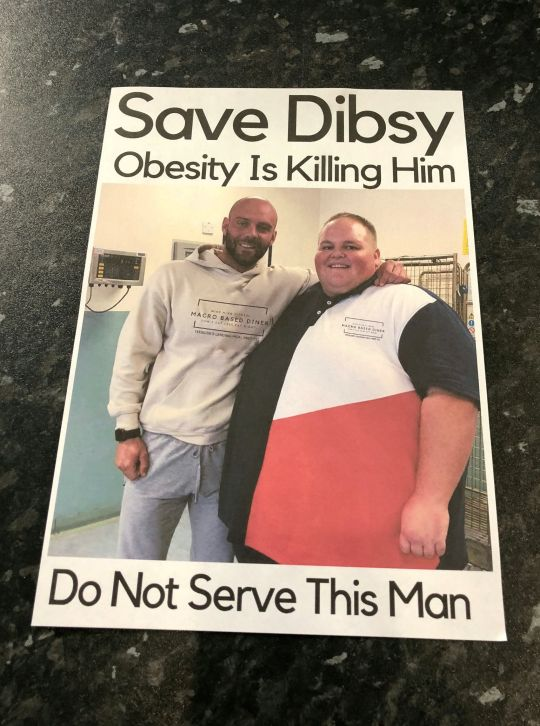 健身私教把超重客户照片发给餐厅:别给他饭吃!