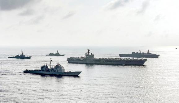 美军舰穿台湾海峡 蔡英文声称:乐见有助区域安全的努力
