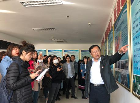 北京属地互联网新闻单位学员到北京大兴国际机场参观