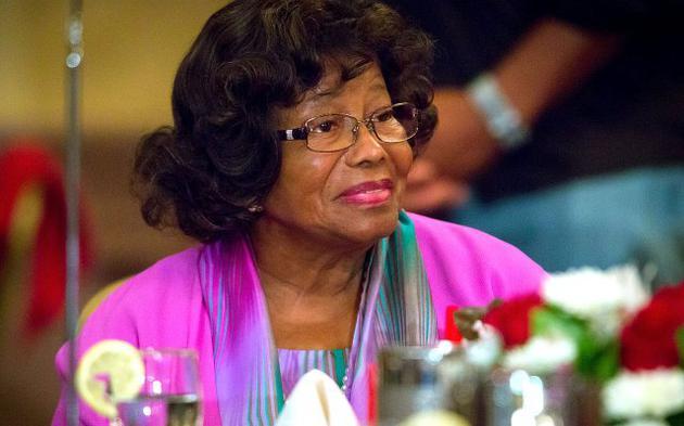 杰克逊母亲凯瑟琳被曝再次中风 说话困难情况不乐观
