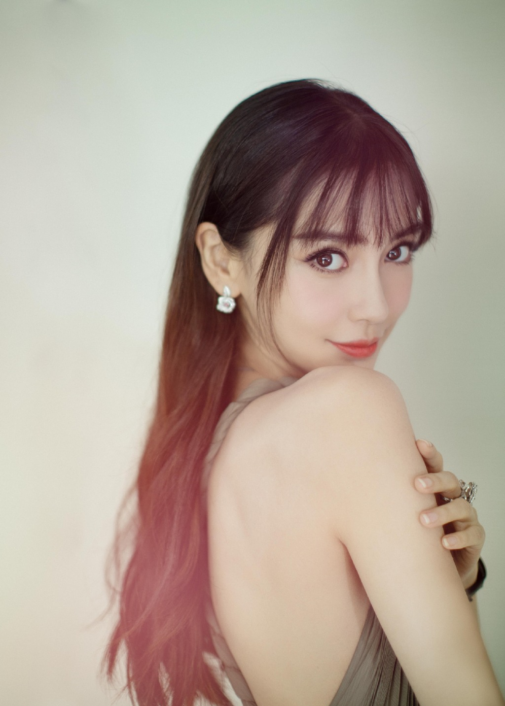 欧阳娜娜的新刘海青春无敌 自己手动get的教程拿去不谢图片