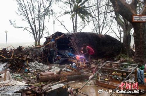 2015年3月,太平洋岛国瓦努阿图维拉港,当地遭飓风帕姆(Pam)袭击。(图源:中新网)