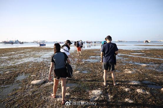 前面还有陆地,后面全是泥浆,滩涂路里面什么都有