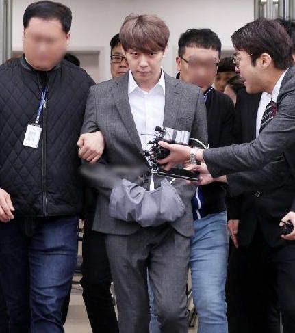 朴有天吸毒案宣判:有期徒刑10个月缓刑两年