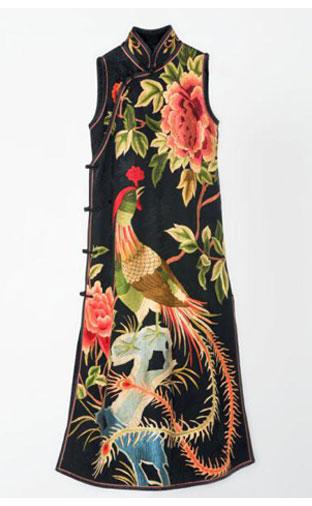《京绣旗袍》