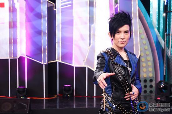 [爱八卦]歌手潘美辰被曝商演起冲突 遭主办方赶出饭店