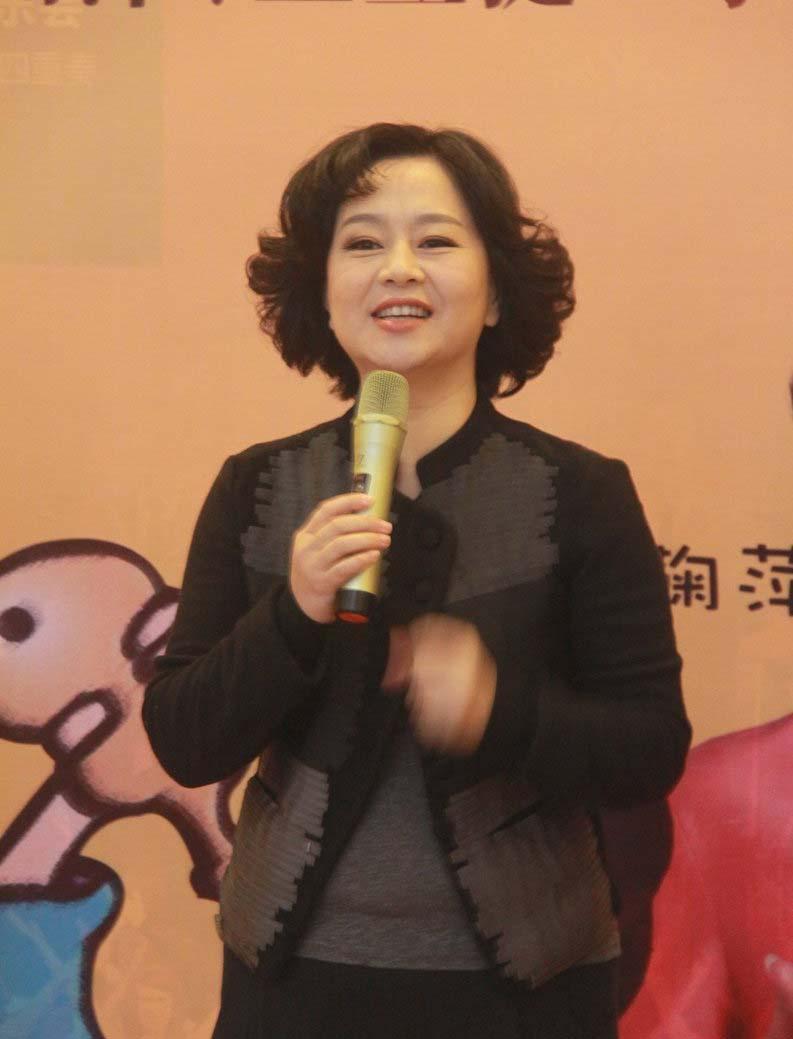 50岁的鞠萍姐姐不愿上真人秀节目,原因竟是… [有看点]
