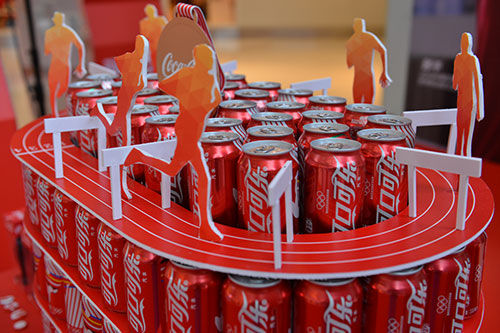 现场展示的珍贵藏品 凤凰湖南讯 5月8日下午5点8分,可口可乐130周年图片