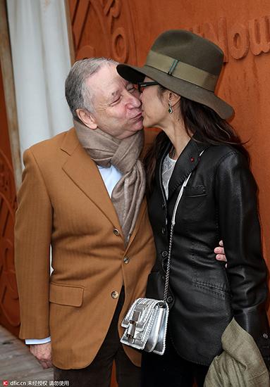杨紫琼与70岁老公贴面热吻 爱情保鲜有秘籍