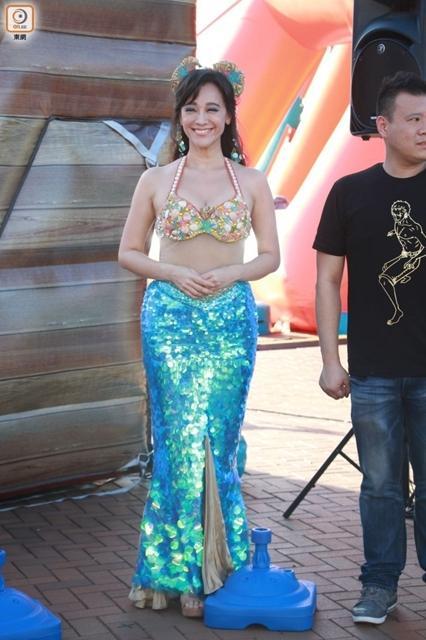 她曾是香港艳星,46岁扮美人鱼依旧性感(图)
