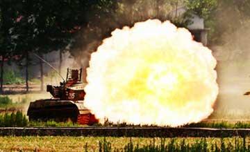 完爆电影特效 中国陆军重装备射击彰显武器之美