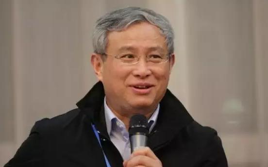 周其仁:中国经济为什么越来越跑不动了?