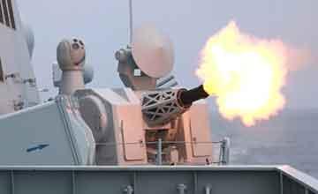 东海舰队军演 首见预警直升机上舰万发炮播撒死亡