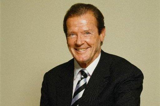 【星娱TV】前《007》主演88岁男星罗杰·摩尔老年丧女