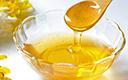 一瓶冷水辨出真假蜂蜜 真蜜流速缓慢