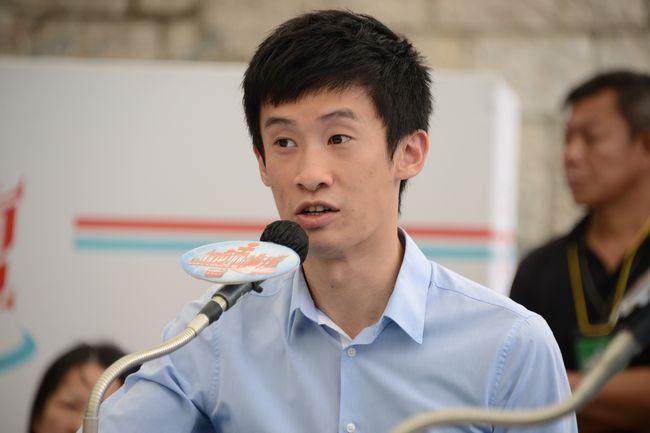个别香港候任议员宣誓时夹带侮辱国家言辞 中联办回应