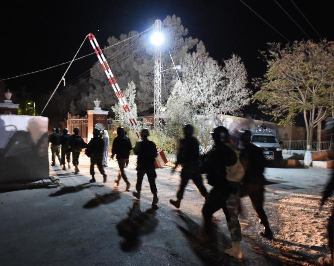 巴基斯坦警察学校遇袭 200多名学员被劫为人质