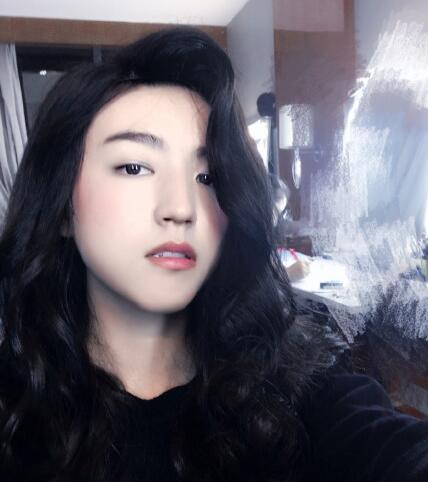 厉害了!王俊凯穿女装 可妩媚可呆萌(图)