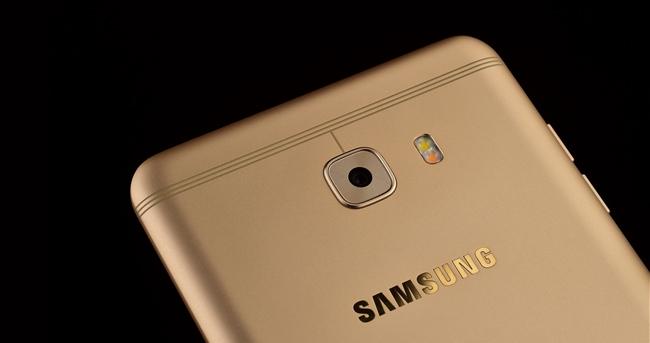 三星Galaxy C9 Pro图赏:摒弃大白条 3199元