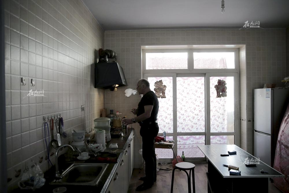 每月一千 俄罗斯人在东北这样养老