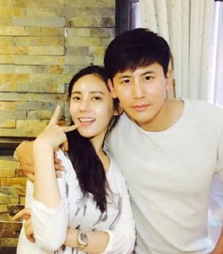 又一对中韩夫妻!秋瓷炫和男友宣布明年4月结婚