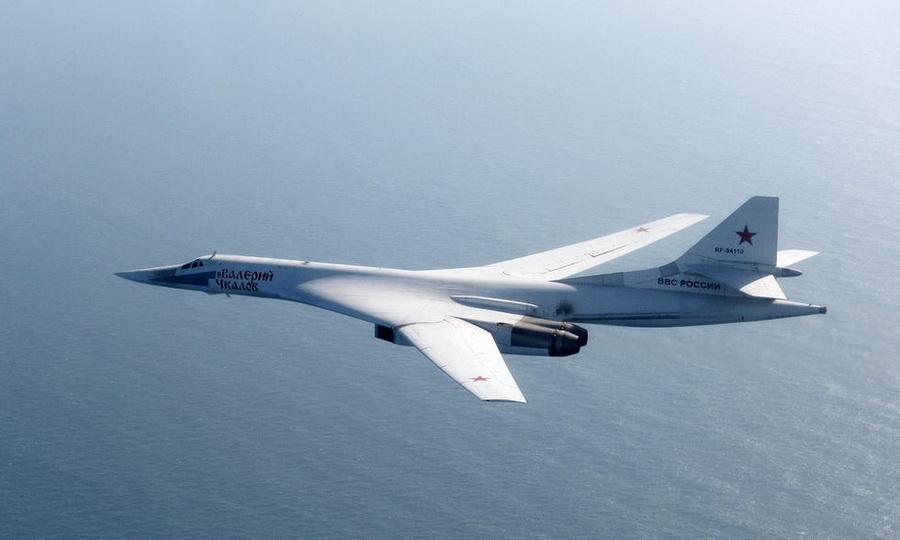 俄国轰炸机巡航欧洲 多国战斗机拦截