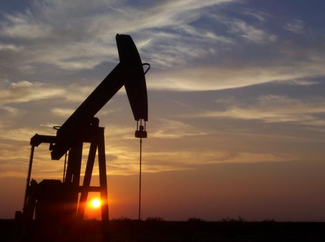 俄罗斯超越沙特成全球最大原油生产国 中国排第五