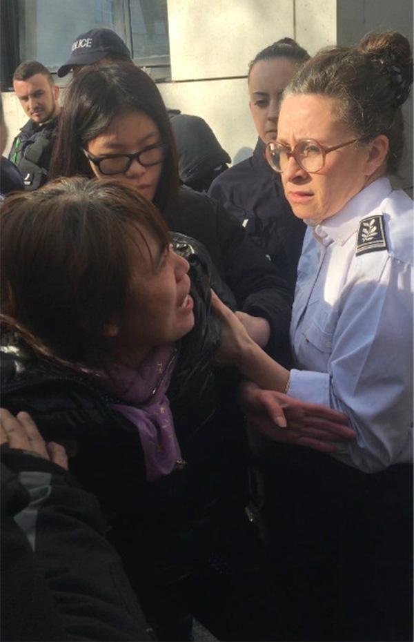 """中国外交部回应""""中国公民遭法国警察射杀""""(图)"""
