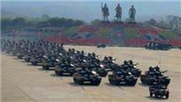 缅甸阅兵秀中国武器