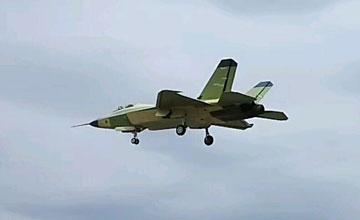 鹘鹰2.0:FC-31重大改进型再度试飞