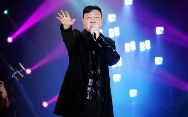 韩磊不参加《歌手》巅峰会 亲写致歌迷们的一封信