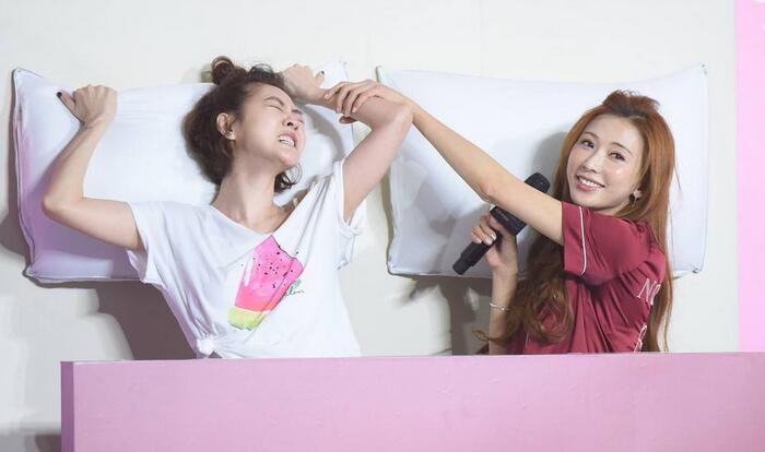 """因戏""""生情""""?小S与林志玲冰释前嫌成好友"""