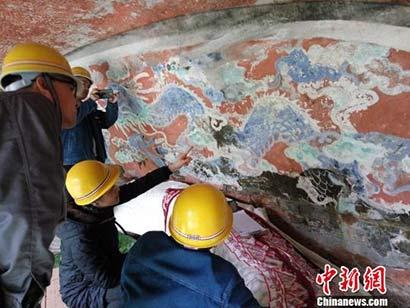 探访重庆大足石刻卧佛修复:一场技术与智慧的挑战
