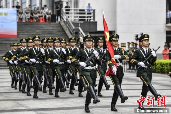 广东省国旗护卫队交流展示活动,在华南师范大学广州大学城校区举行
