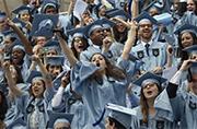 美国哥伦比亚大学发生多起撕名牌