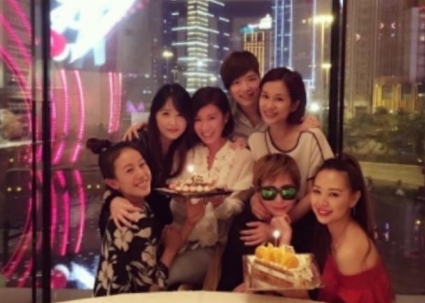 佘诗曼庆42岁生日 汤盈盈钟丽淇7姐妹全到场