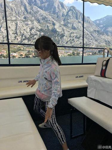 森碟放飞自我船上尬舞 田亮:还是作业不够多(图)