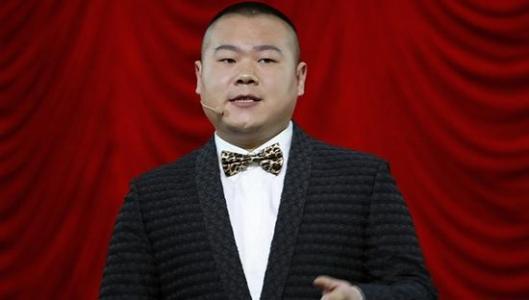 小岳岳遭偷拍脸依旧很大 潘长江:能拍个帅点的吗图片