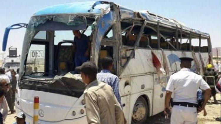 埃及基督徒乘大巴在公路遭枪击 已致28死