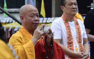 四方法让佛教走向世界