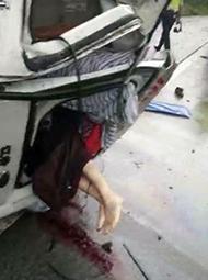 救护车送患者转院遭车祸 4死3伤