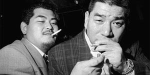 摄影师忆1990年代的日本东京黑帮