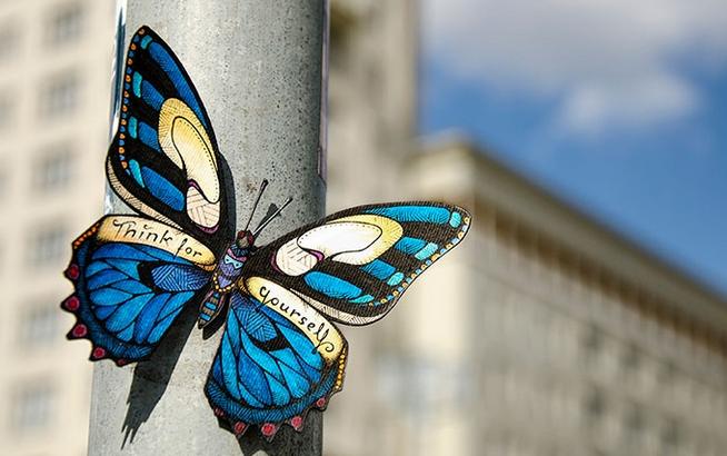 中国A股在一夜之间给世界一大提醒:小心蝴蝶效应